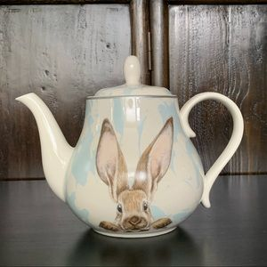 Williams Sonoma Damask Bunny Teapot with Infuser